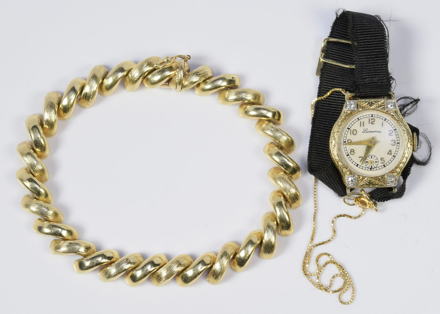 Lot 967: 14K Link Bracelet w/ 14K Lucerne Watch
