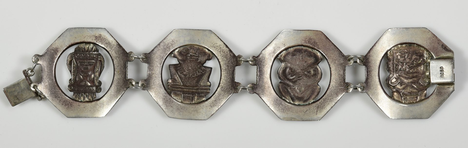 Lot 968: South American Gold and Silver Jewelry