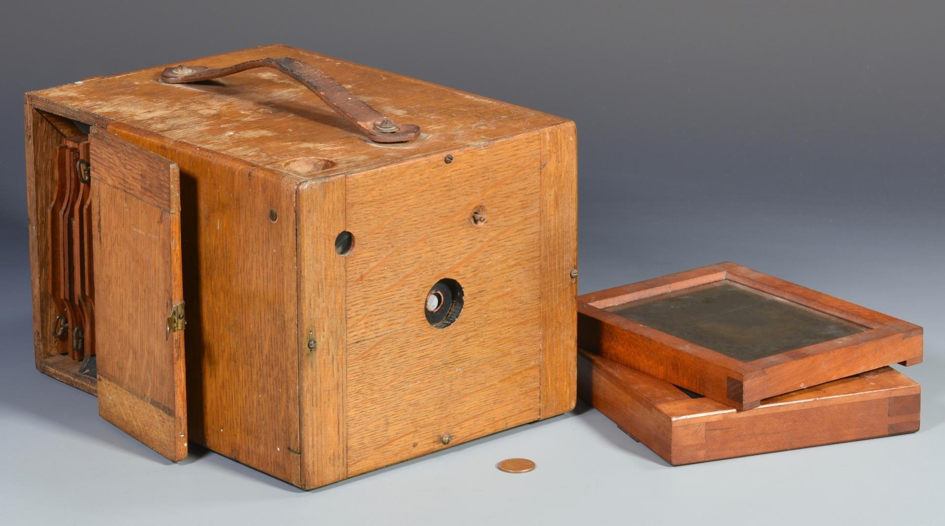 Lot 126: Early Camera, Similar to Blair Hawkeye Camera Circa 1893