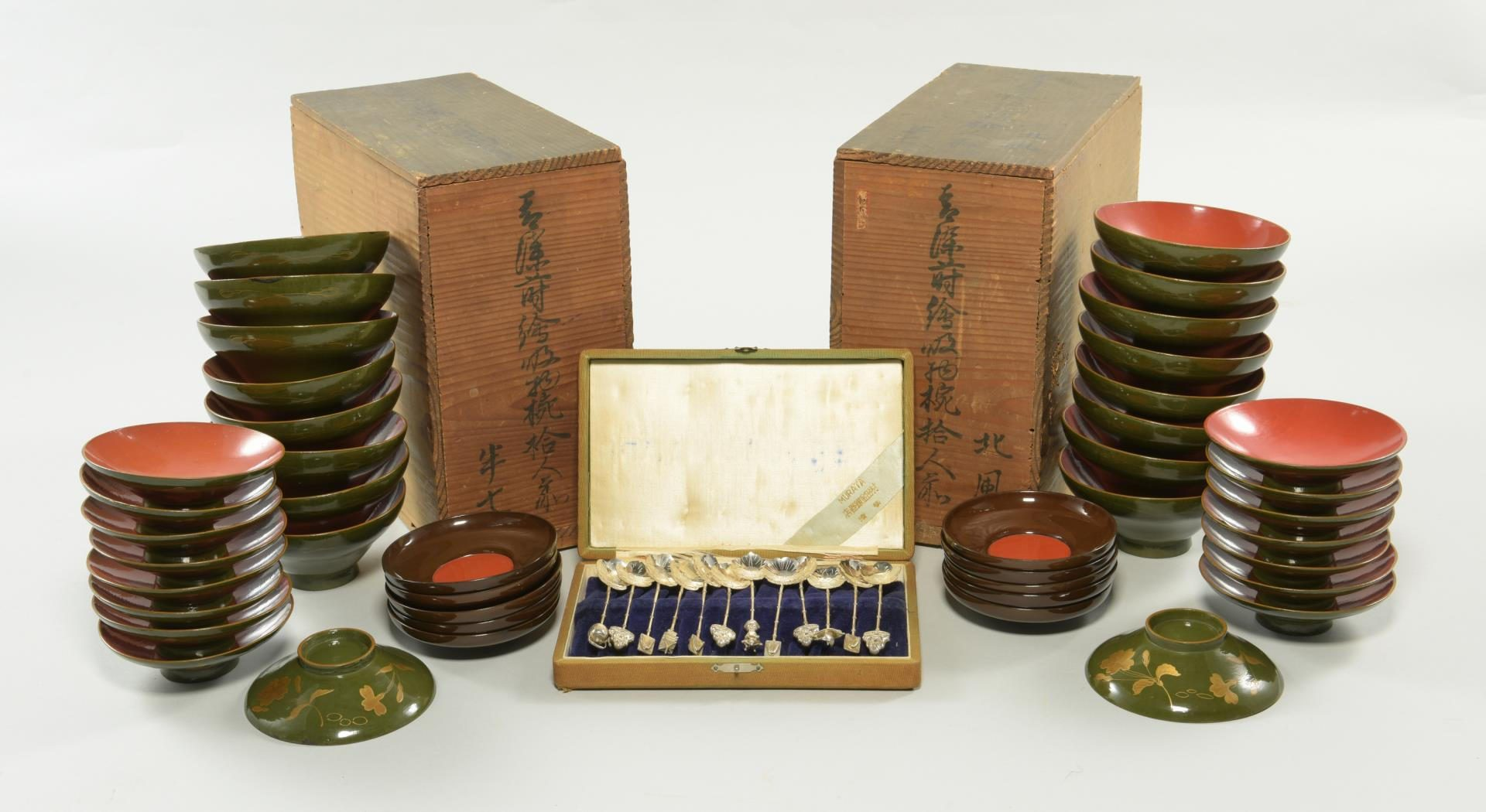 Lot 127: 2 Boxed Sets of Japanese Lacquerware & Asian Demitasse Sterling Silver Spoons