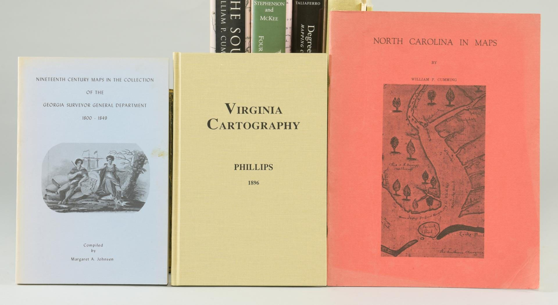 Lot 174: 18 Map reference books: lot #1: Primarily Southeastern United States.