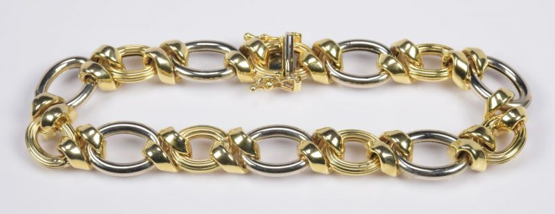 Lot 19: 14K Bi-Color Italian Bracelet