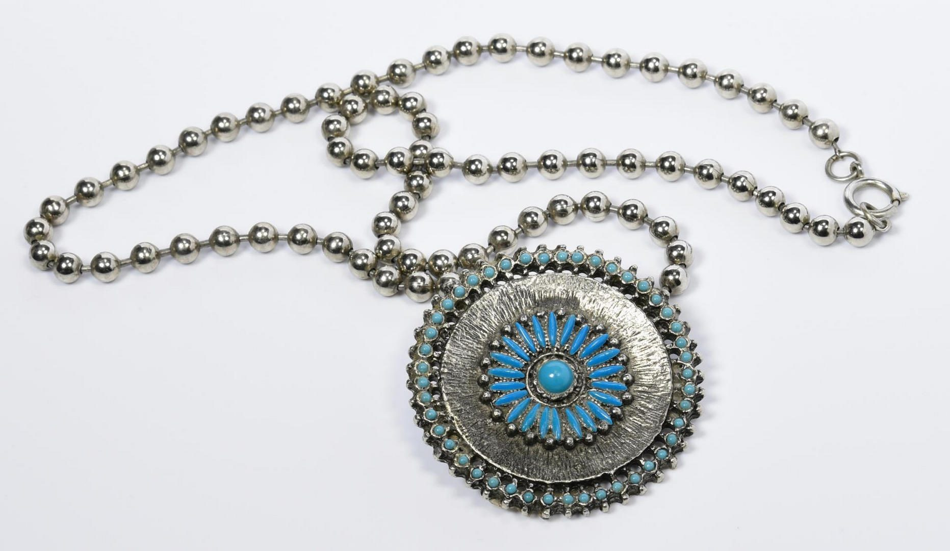 Lot 220: 3 Southwest Necklaces inc. Singer
