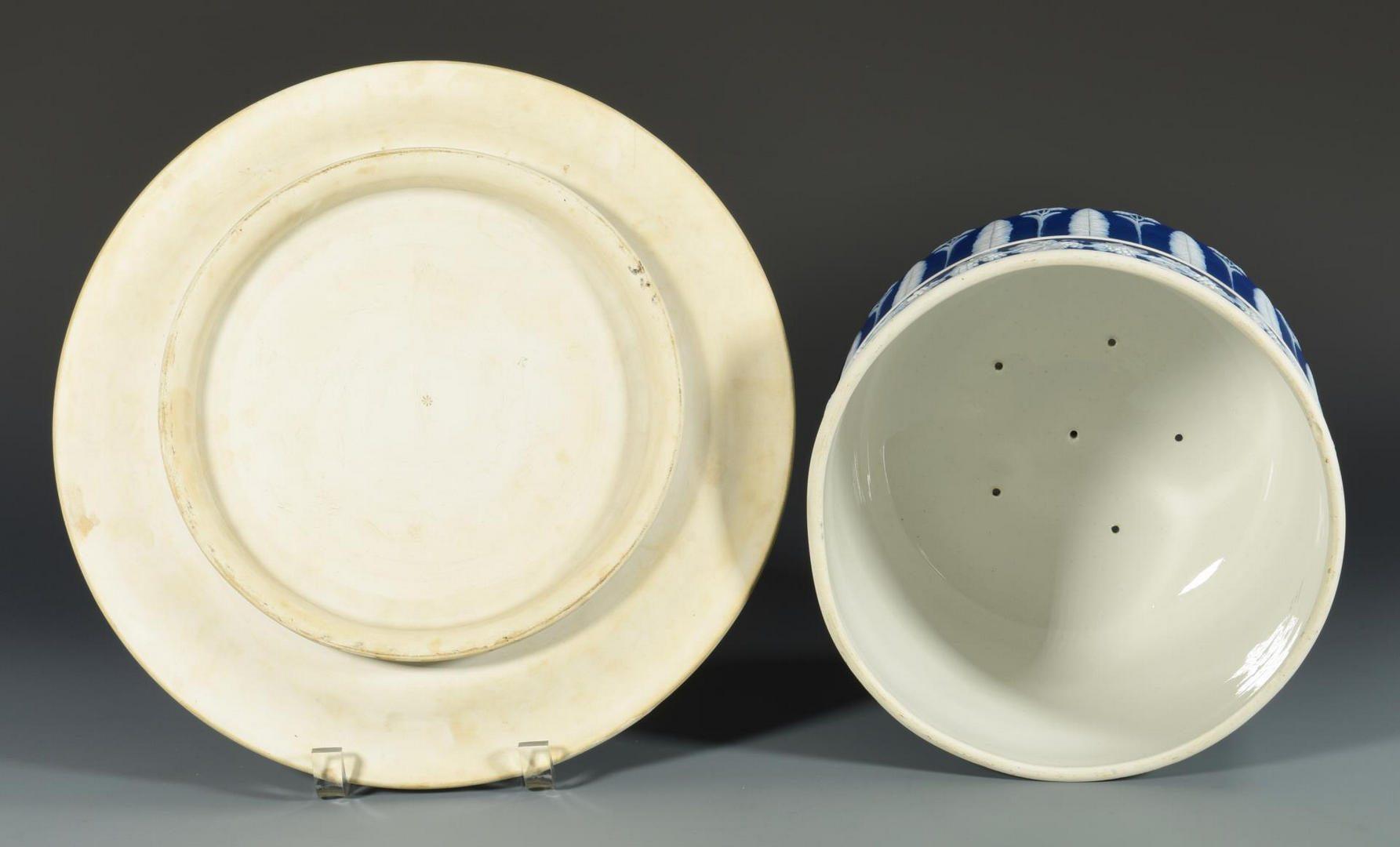 Lot 62: 3 pieces Jasperware