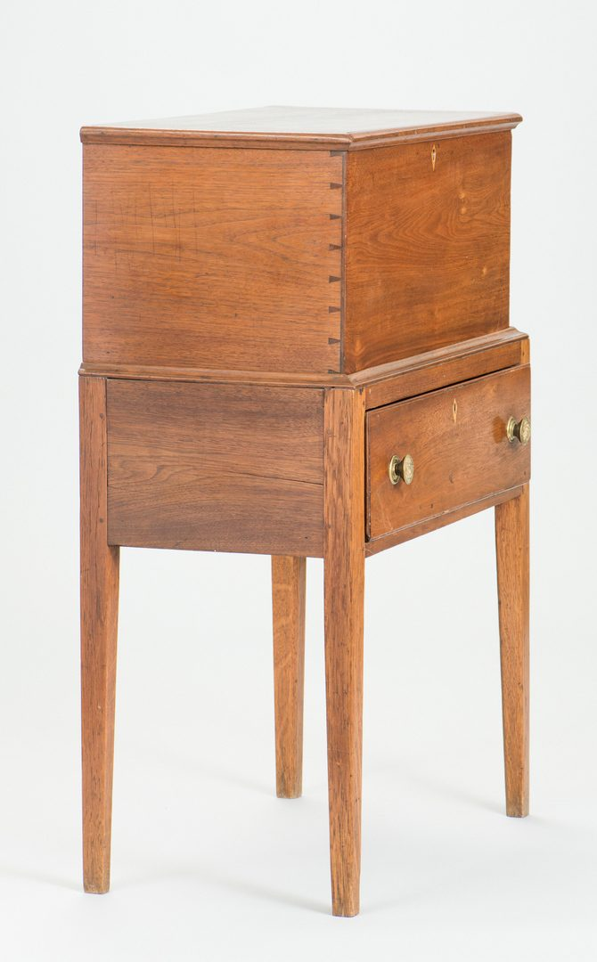 Lot 113: TN Federal Cellaret or Liquor Stand