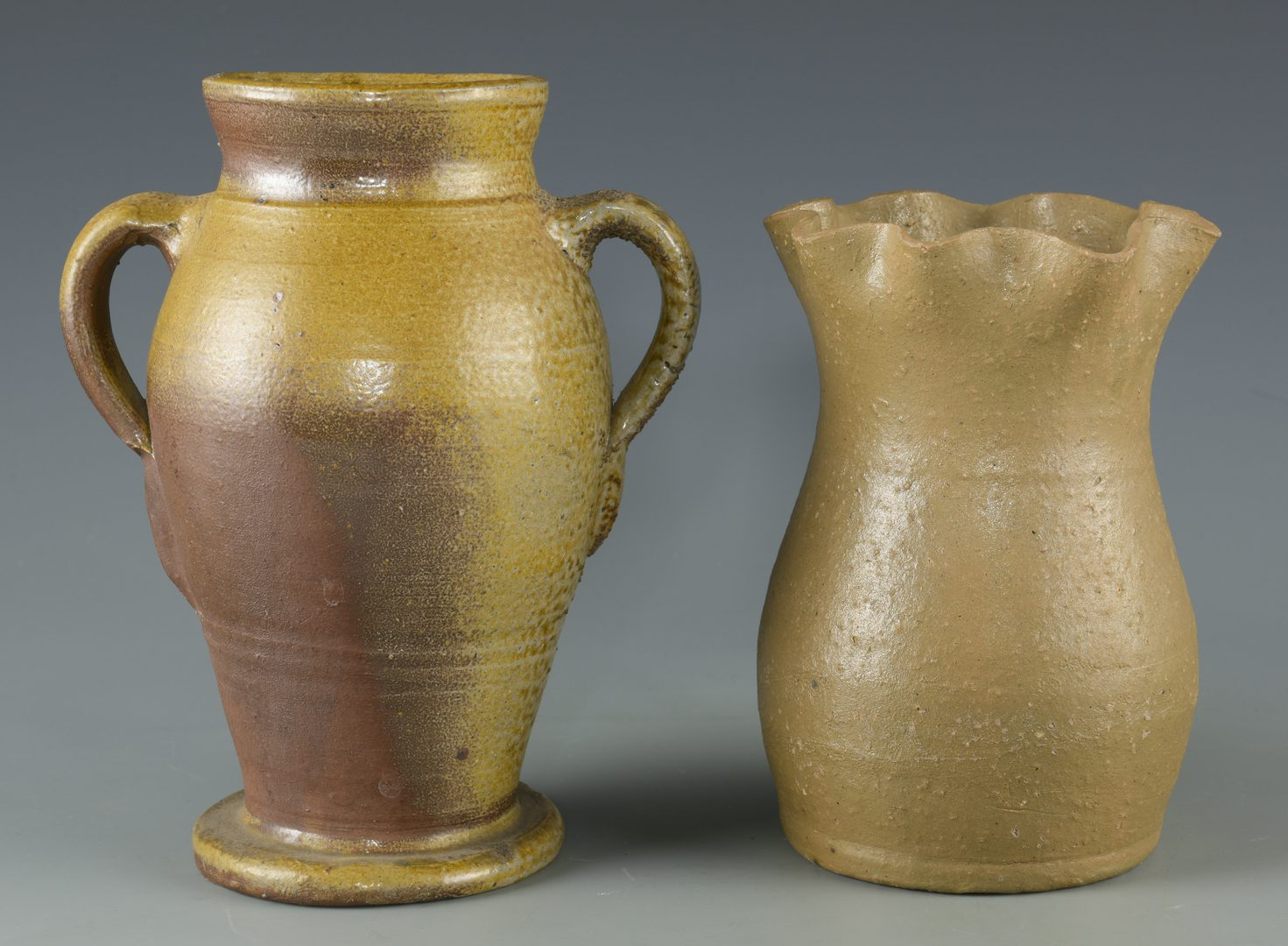 Lot 122: 4 Middle TN Stoneware Jars and Vases