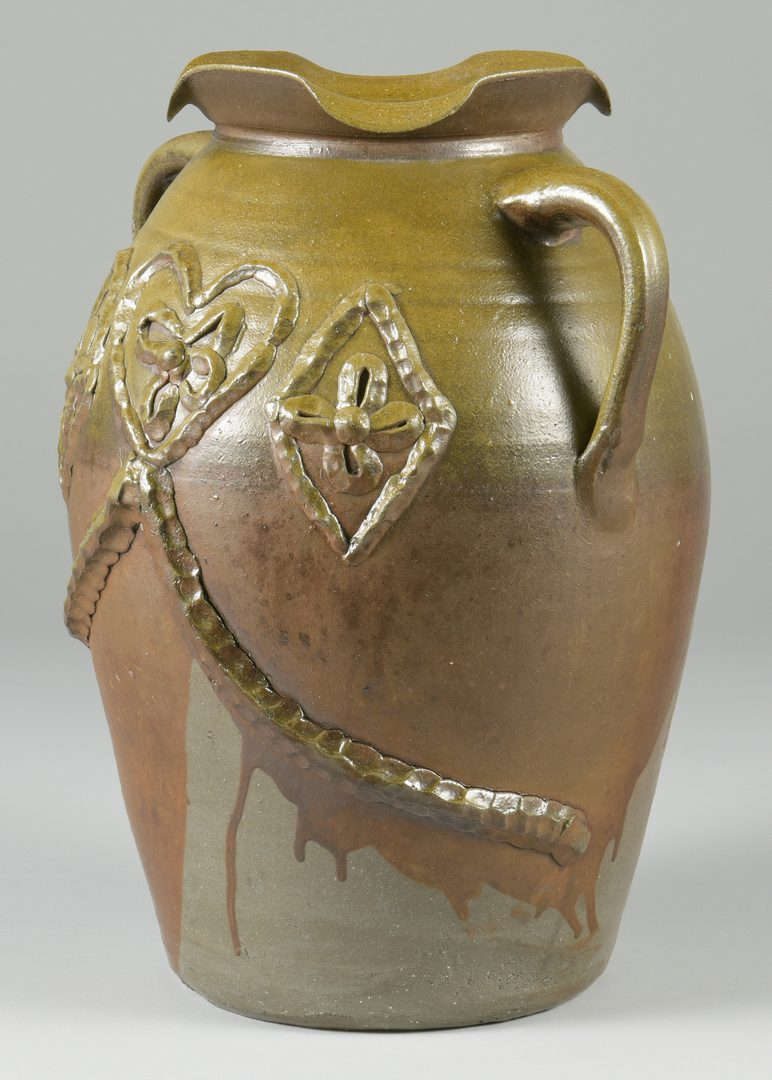 Lot 123: Middle TN Pottery Jar, poss. Hedgecough