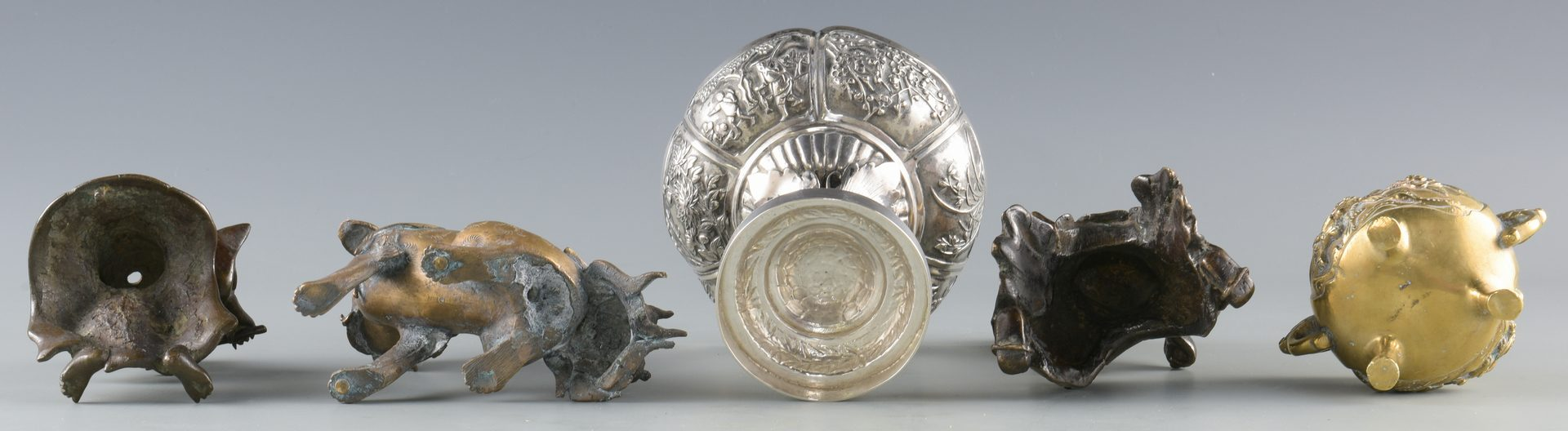 Lot 13: 5 Chinese Silver & Bronze items