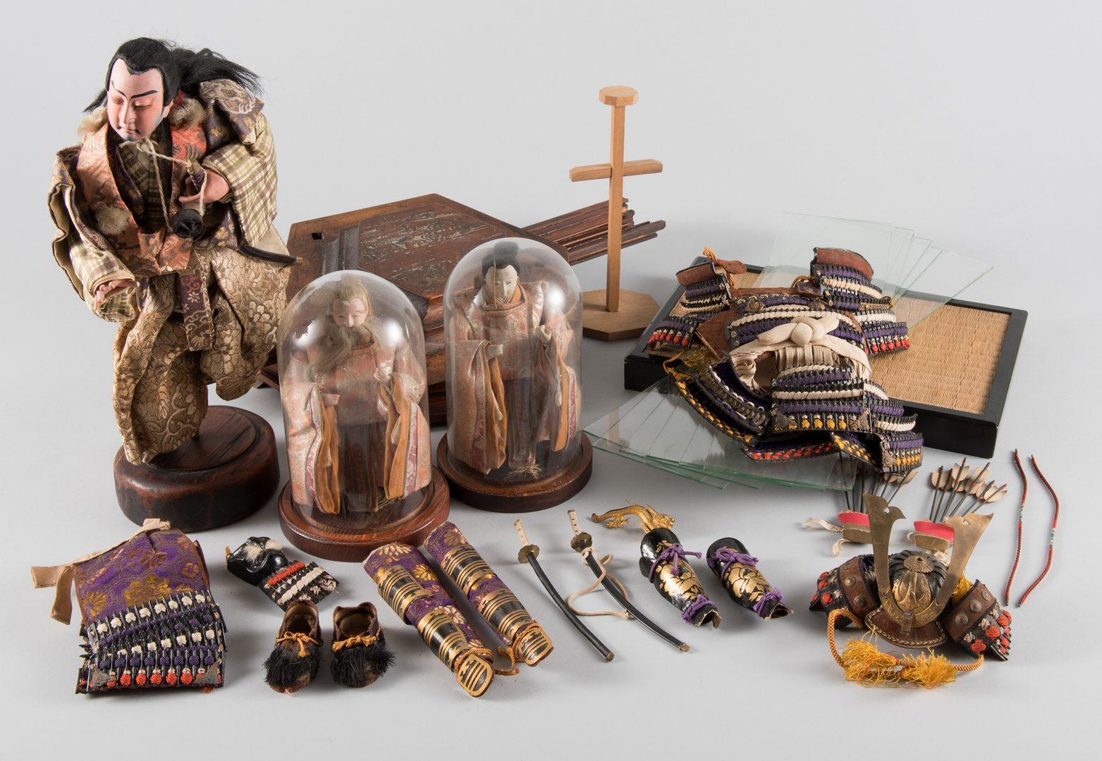 Lot 276: Japanese Kabuki and Emperor Dolls w/ accoutrements
