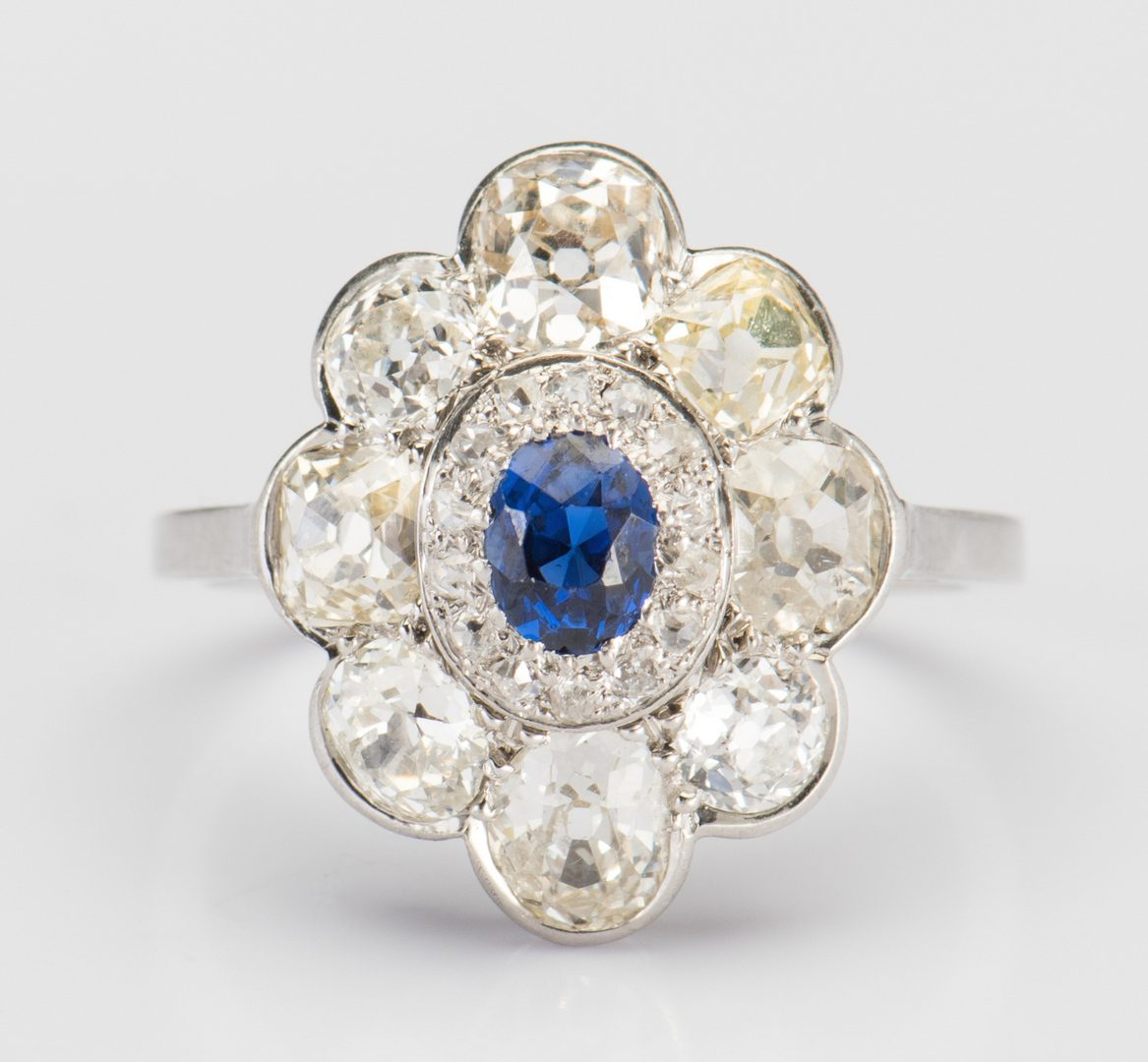Lot 311: Vintage Diamond Sapphire Ring