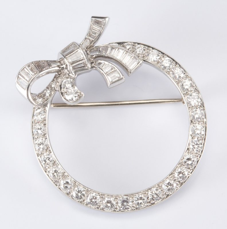 Lot 319: Platinum Diamond Bow Brooch