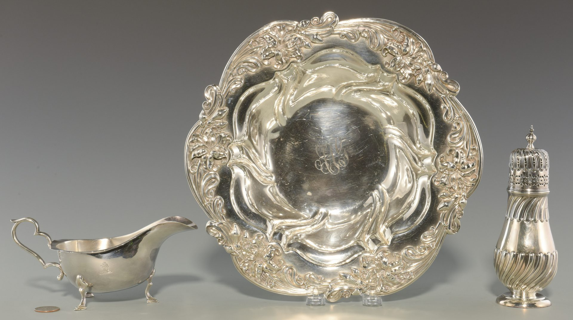 Lot 356: Sterling Caster, Sauceboat, Bowl