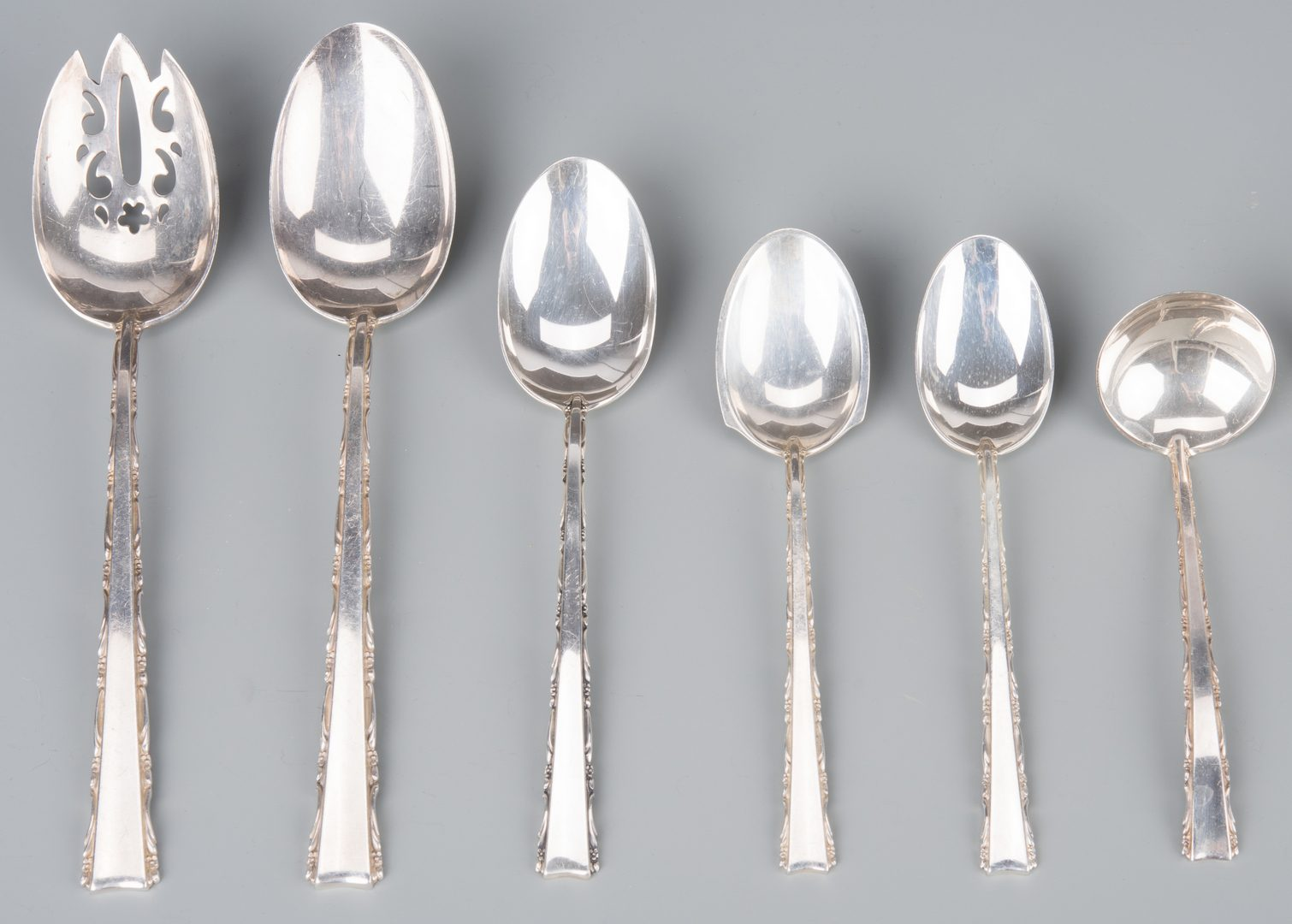 Lot 370: Lunt Madrigal Sterling Flatware, 67 pieces