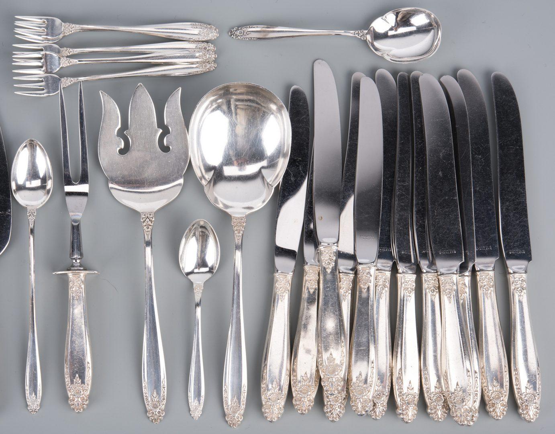 Lot 380: International Silver, Prelude, 94 pcs.