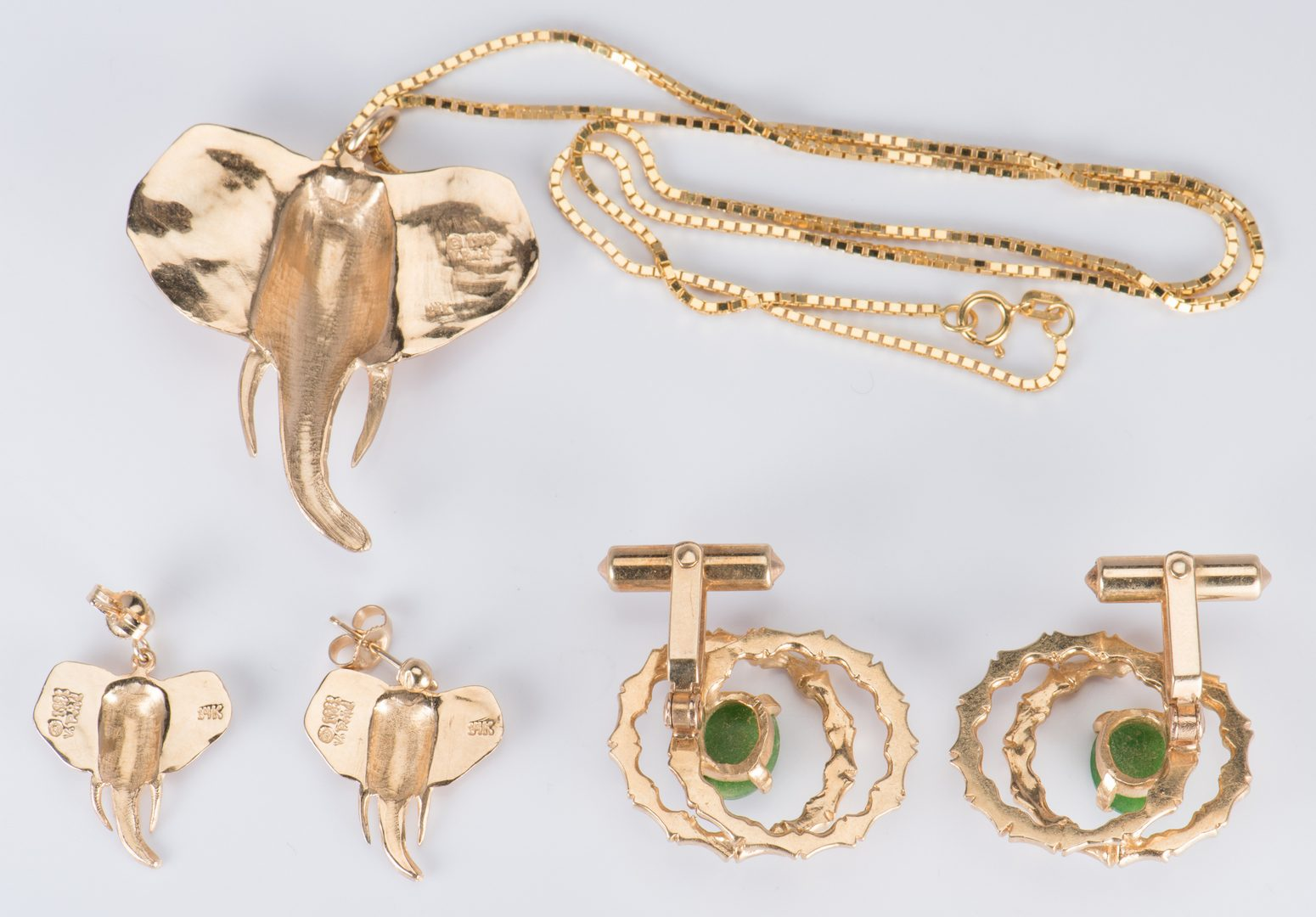 Lot 41: Gold Asian Style Jewelry