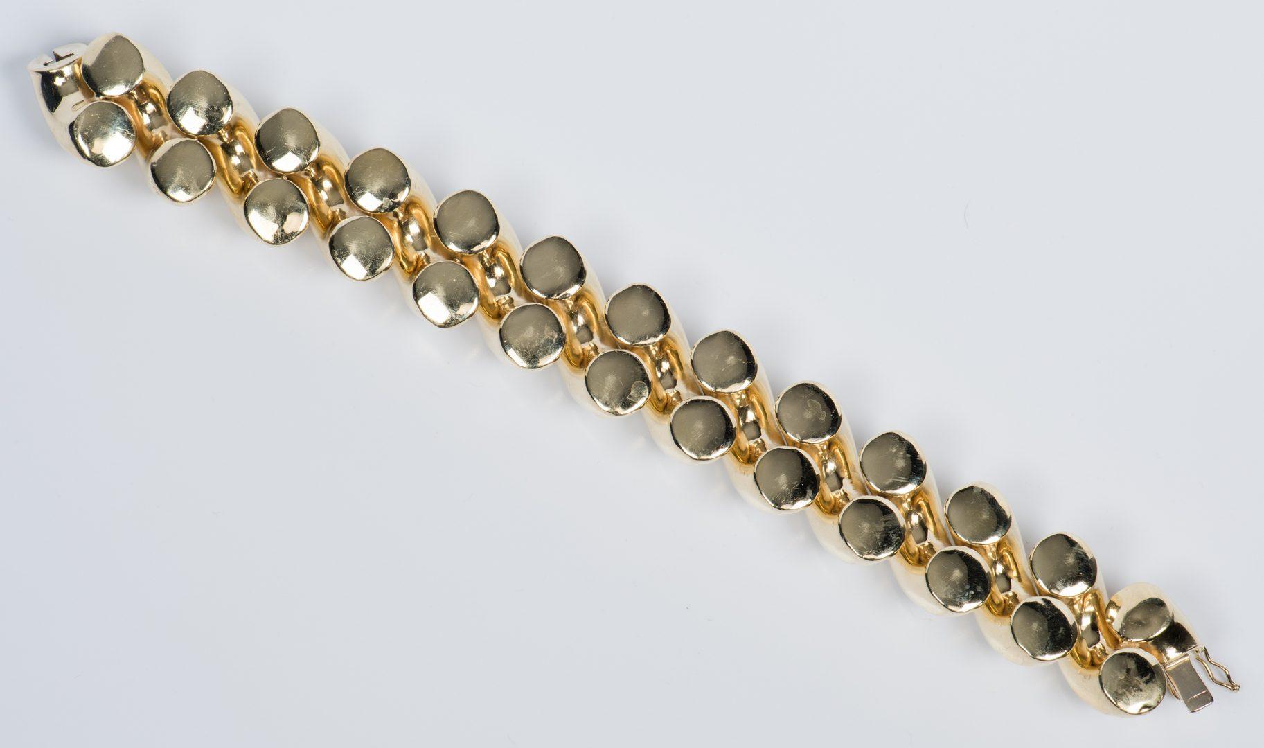 Lot 43: 14K Shrimp Link Bracelet
