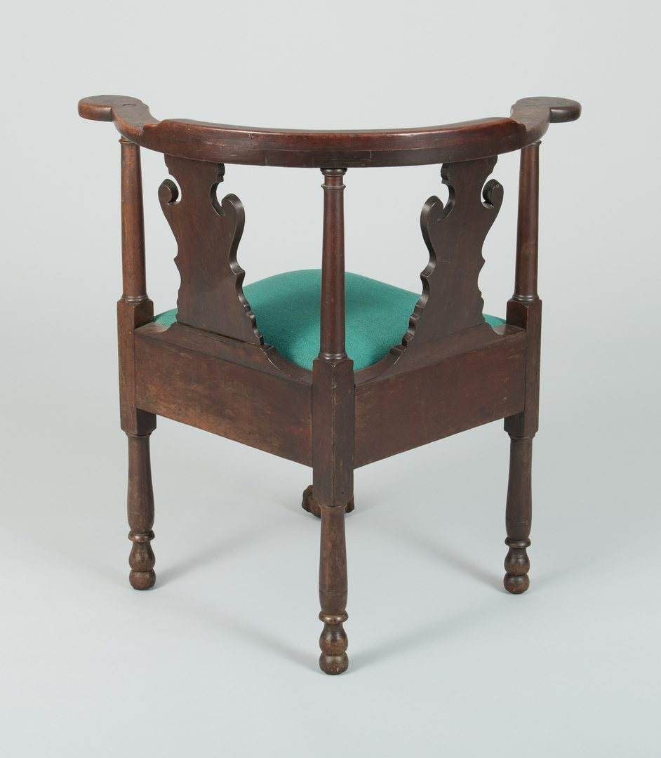 Lot 490: Continental Chippendale Corner Chair