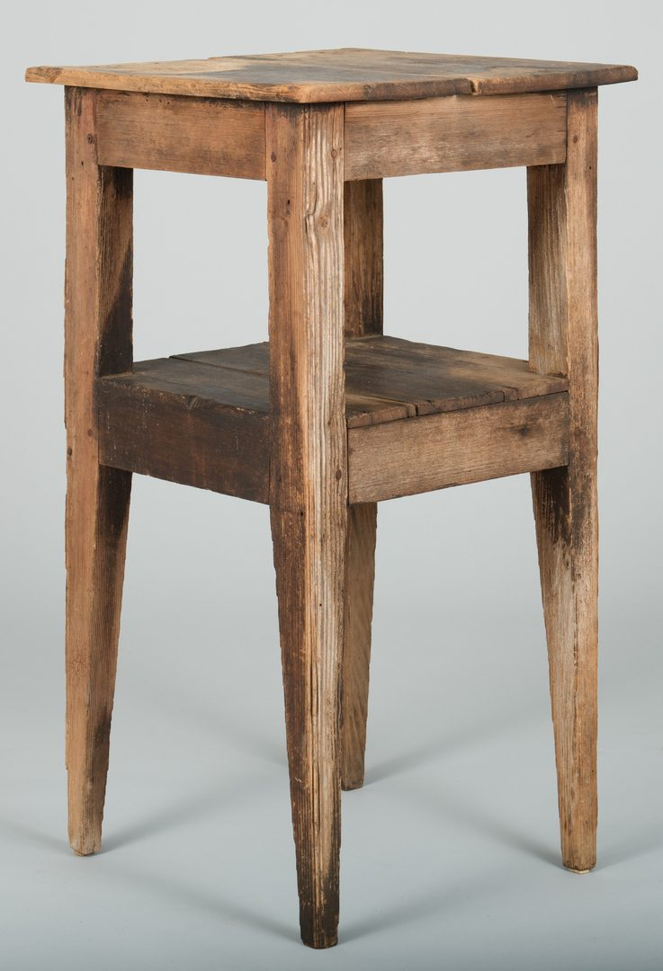 Lot 496: SC Two-Tiered Hunt Table