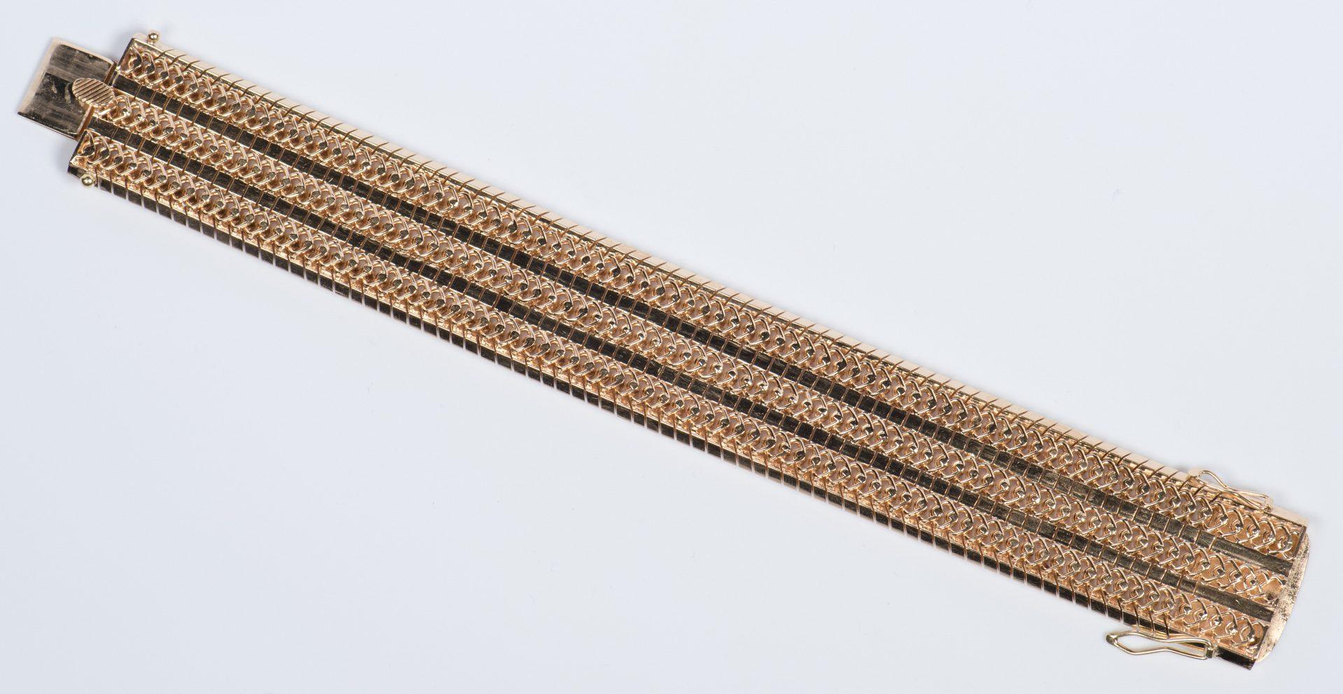 Lot 49: 18K Link Bracelet, 85.1 grams