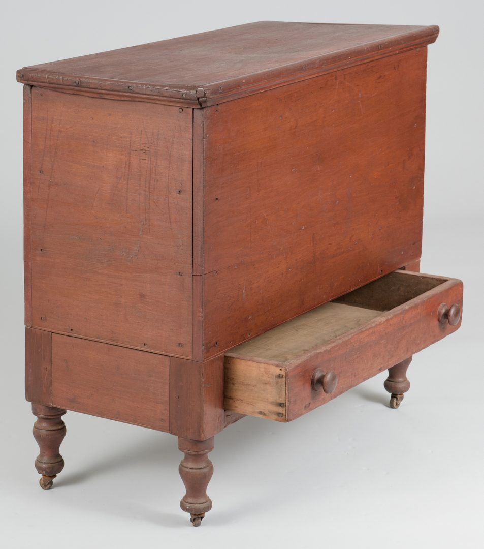 Lot 501: Middle TN Sheraton Storage Chest