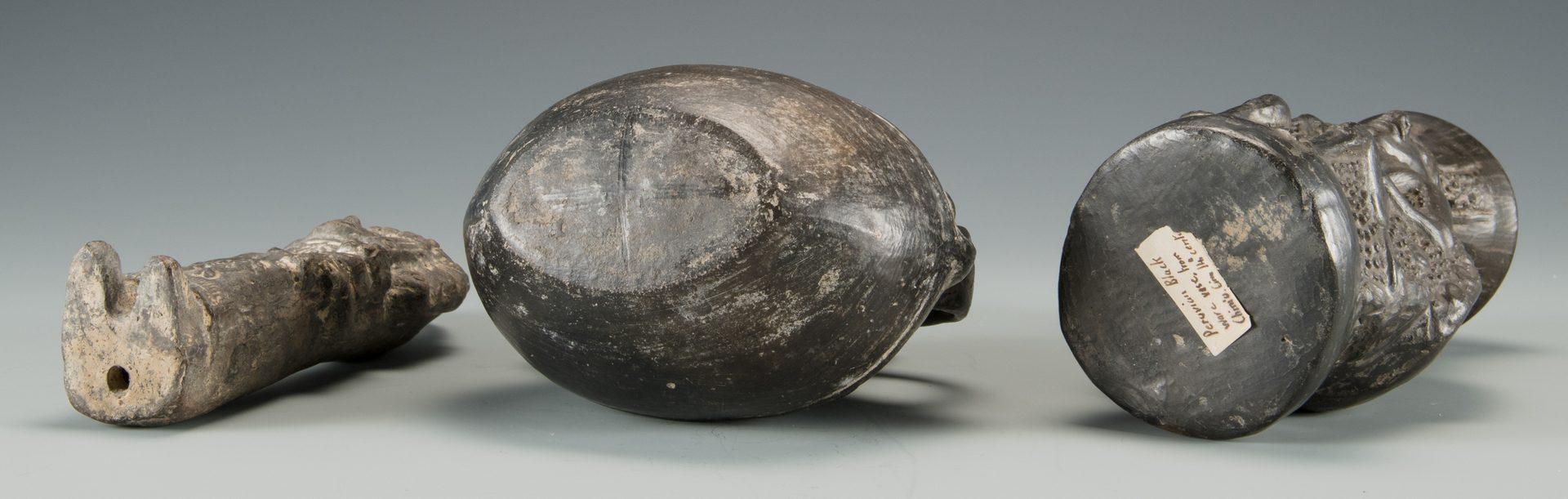 Lot 524: 3 Peruvian Chimu Blackware Pottery Items