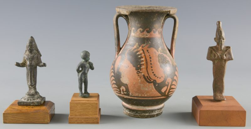 Lot 525: 3 Ancient Bronzes & 1 Ancient Greek Pelike