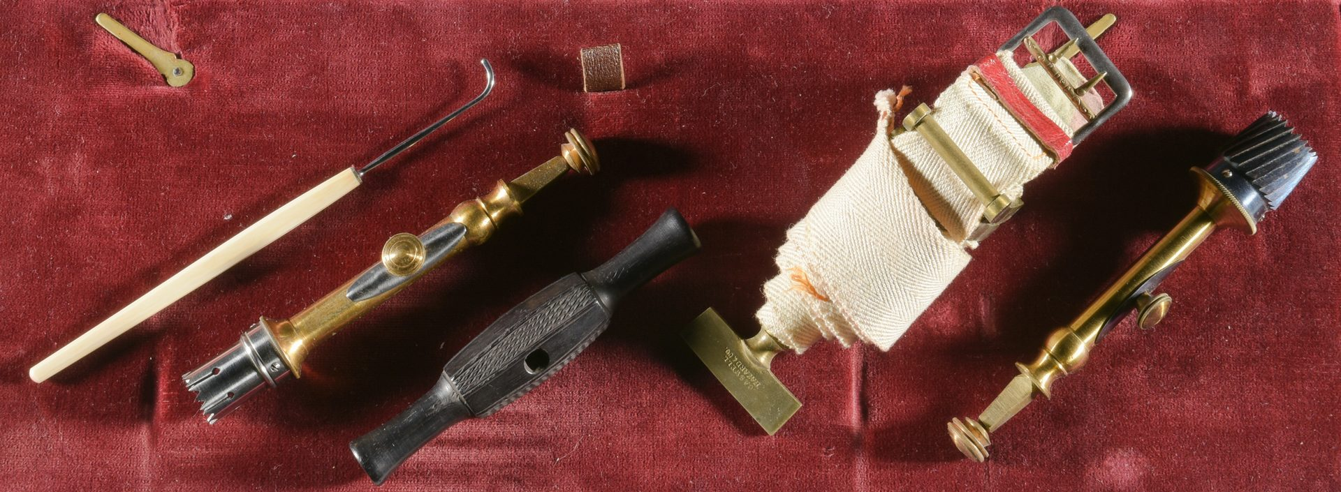 Lot 527: Cased Medical Instruments, 19th c.