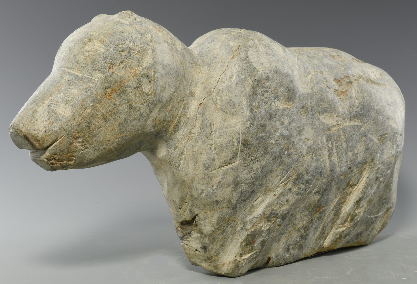 Lot 644: Raymond Coins, Folk Art Lamb Carving