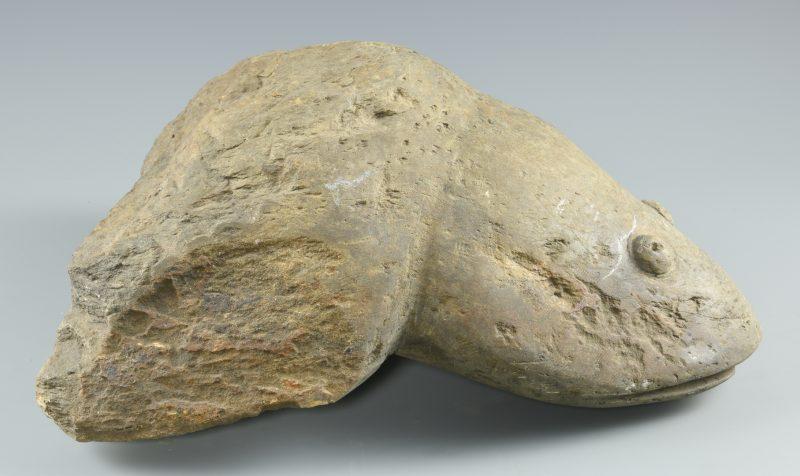 Lot 645: Raymond Coins, Folk Art Frog Carving