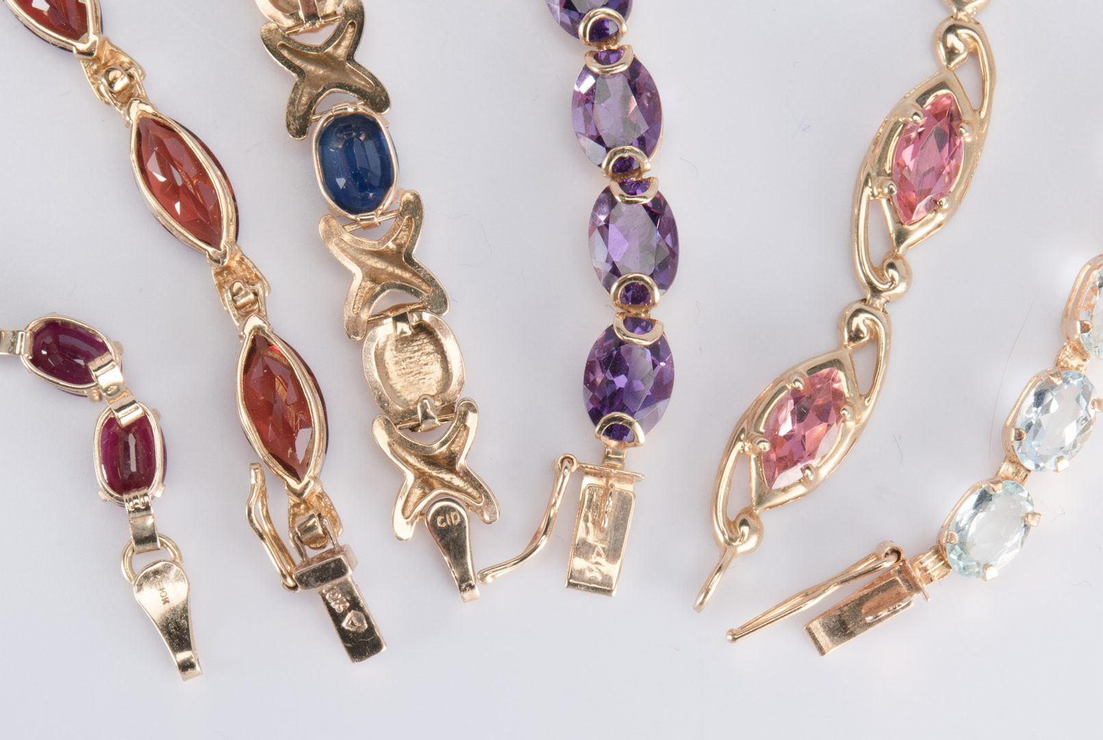 Lot 701: 14K and 10K Gemstone Jewelry