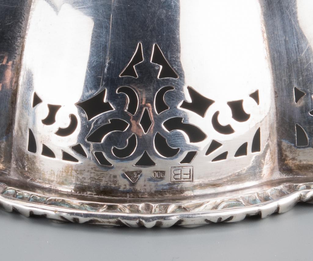 Lot 740: 13 pcs Continental Silver