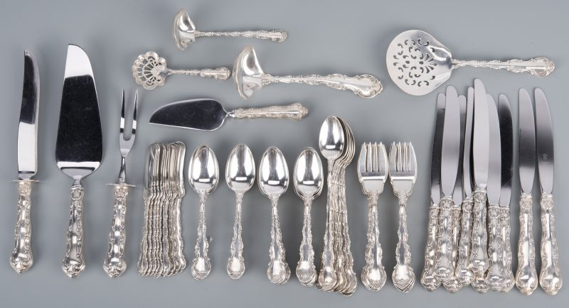 Lot 79: Gorham Strasbourg Sterling Flatware, 125 pcs.