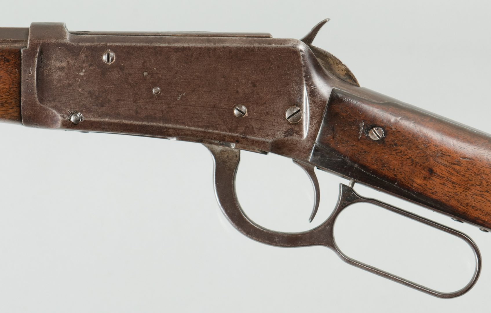 Lot 819: Winchester Model 1894. 32-40 Lever Action Rifle
