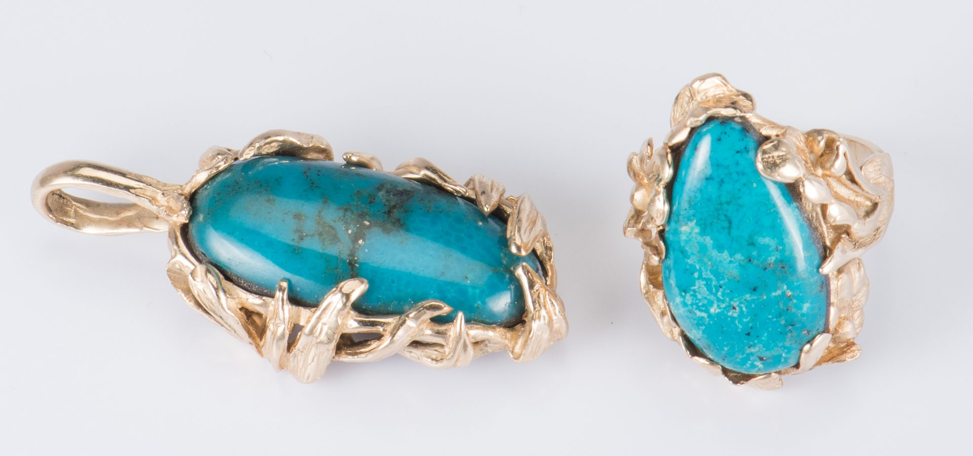 Lot 892: 14K Turquoise Ring and Pendant