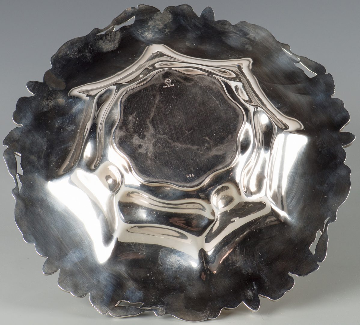 Lot 911: Meriden Sterling Centerpiece Bowl