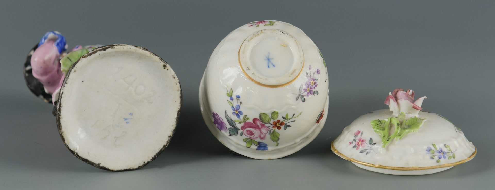 Lot : 4 European Porcelain items, incl. Samson