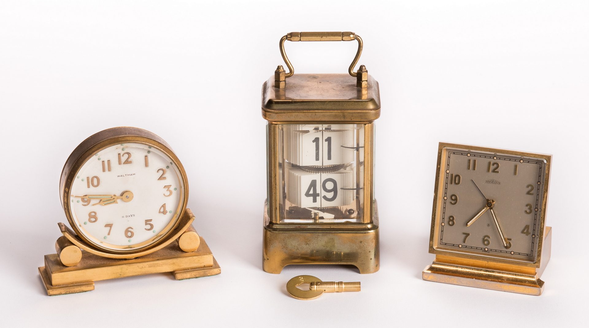 Lot 180: Lot of Three (3) 20th Century Clocks