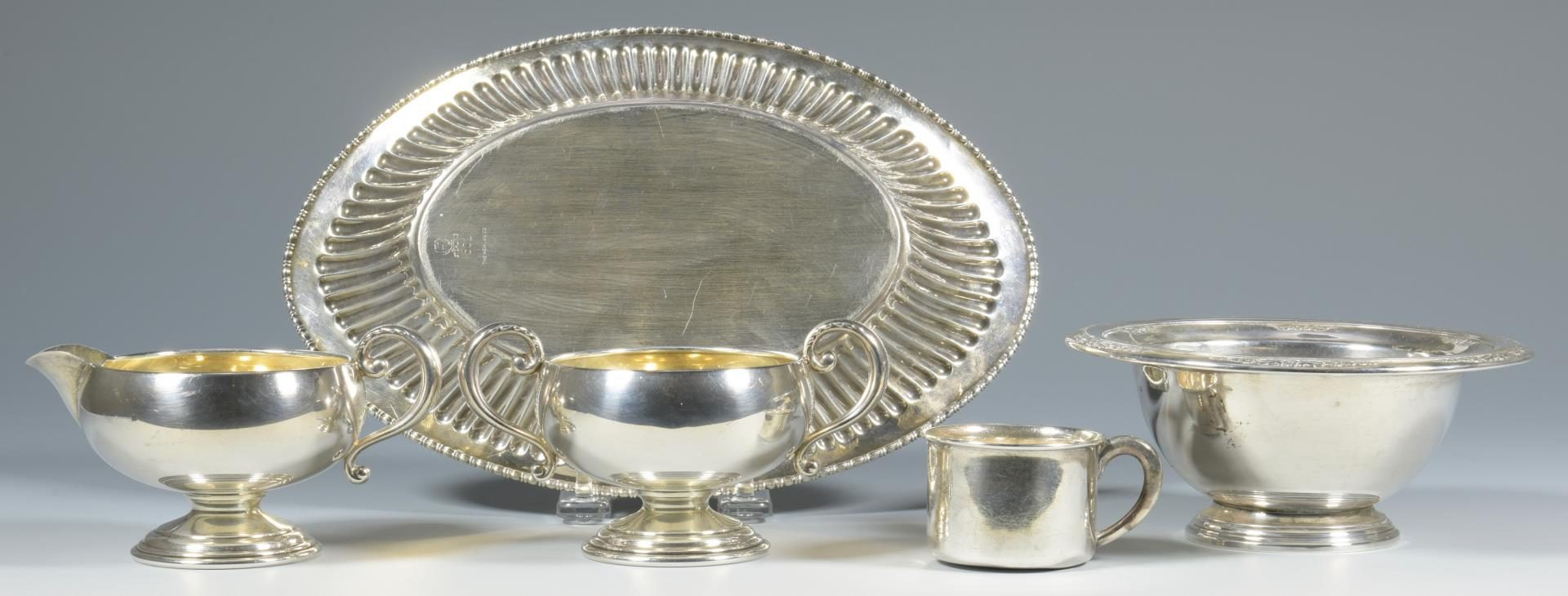 Lot 26: 5 Sterling Table Items