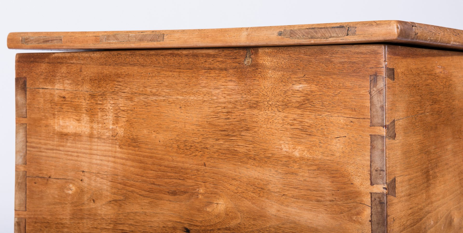 Lot 121: East TN Walnut Blanket Chest, MESDA Documented