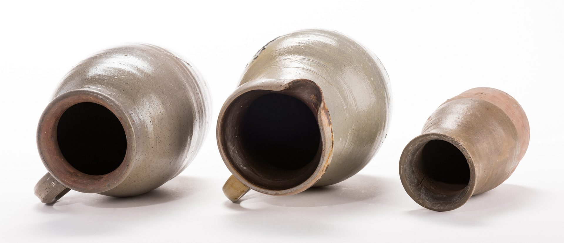 Lot 191: 3 Middle TN Stoneware Items, inc. Vase