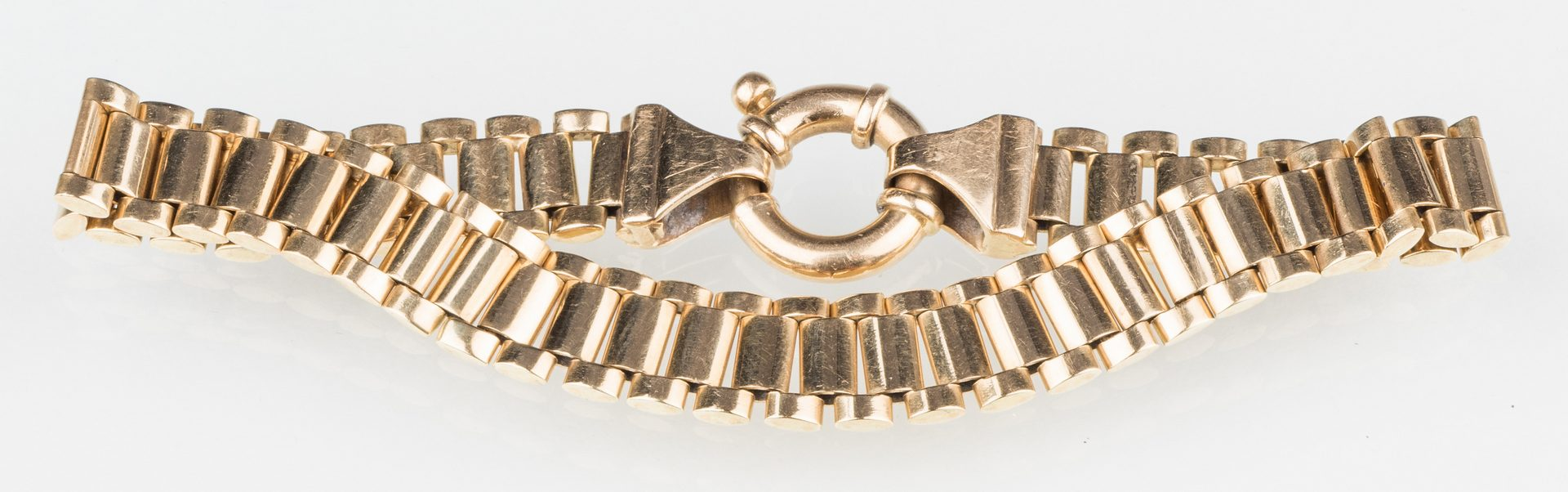 Lot 249: 18K Bracelet with Ring Clasp, 35 g.