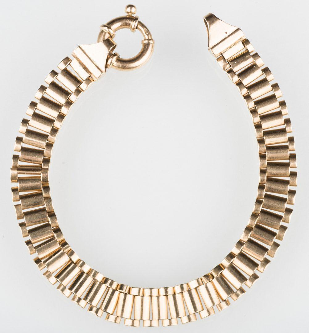 Lot 249: 18K Bracelet with Ring Clasp, 35 g.