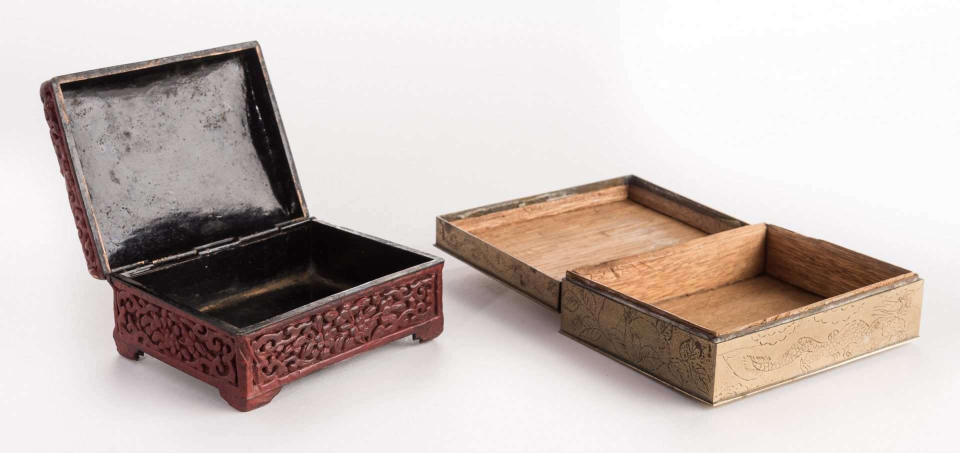 Lot 309: 2 Small Asian Boxes & 5 Carvings, 7 items total