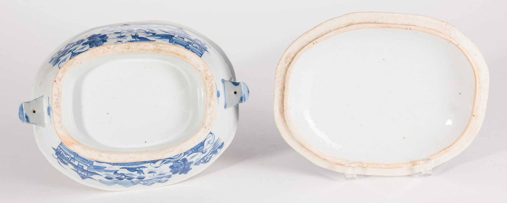 Lot 311: 4 Chinese Export Canton Tureens