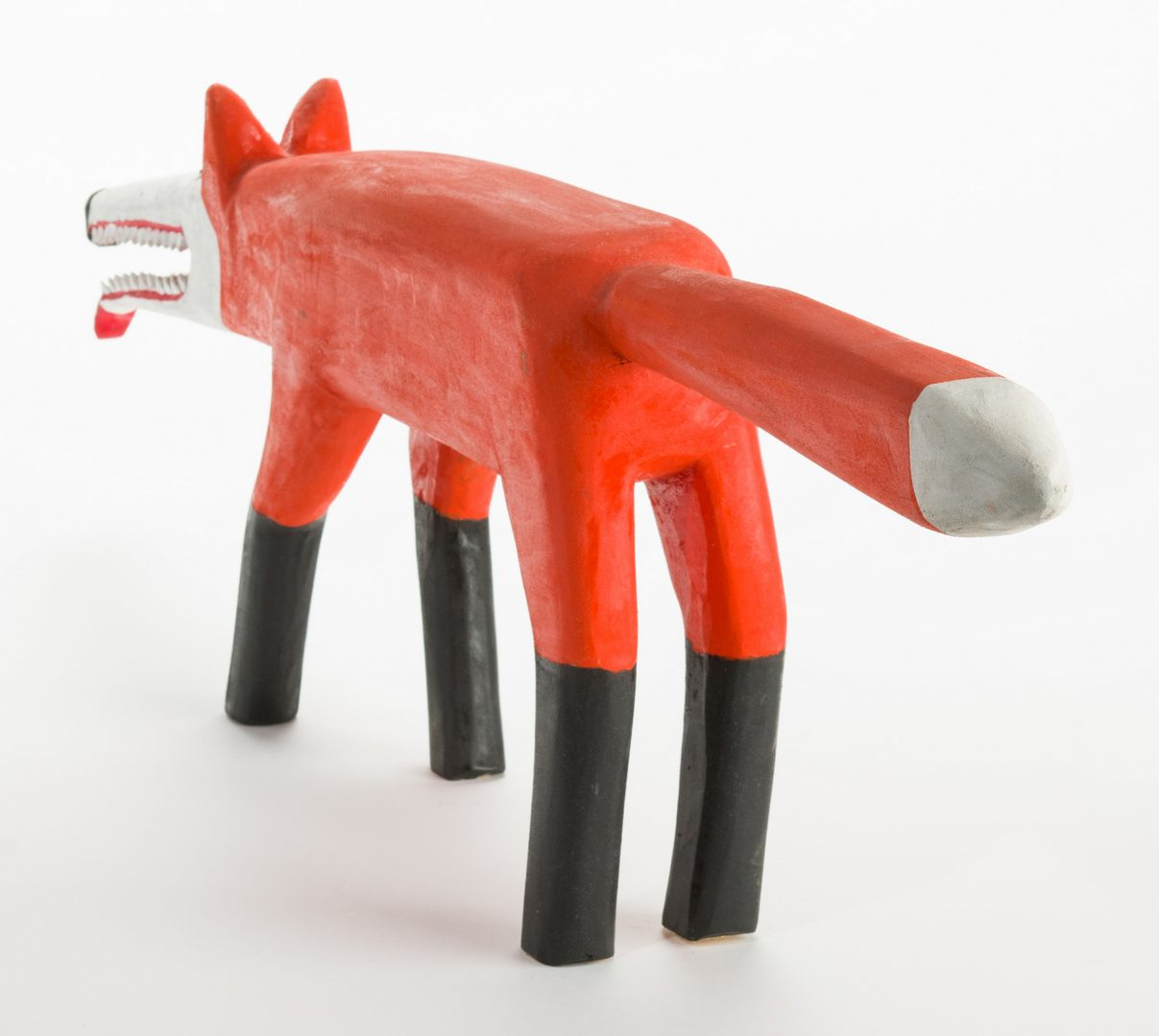 Lot 342: Minnie Adkins Folk Art Fox Carving