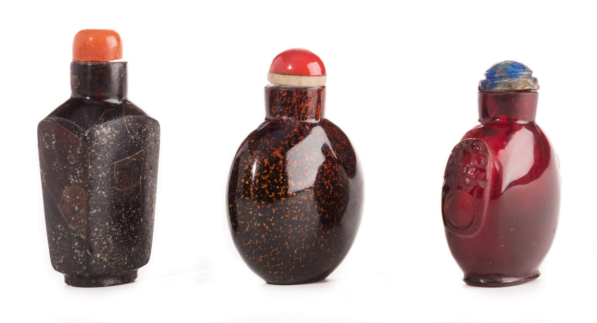 Lot 34: 3 Glass and Aventurine Snuff Bottles