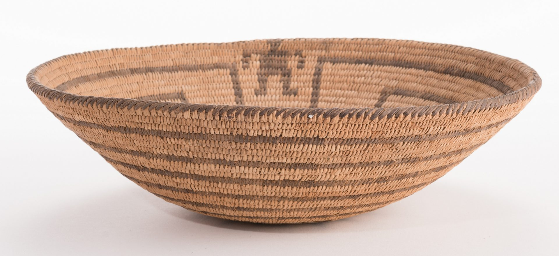 Lot 386: Pima Tray Basket, Man in the Maze Design