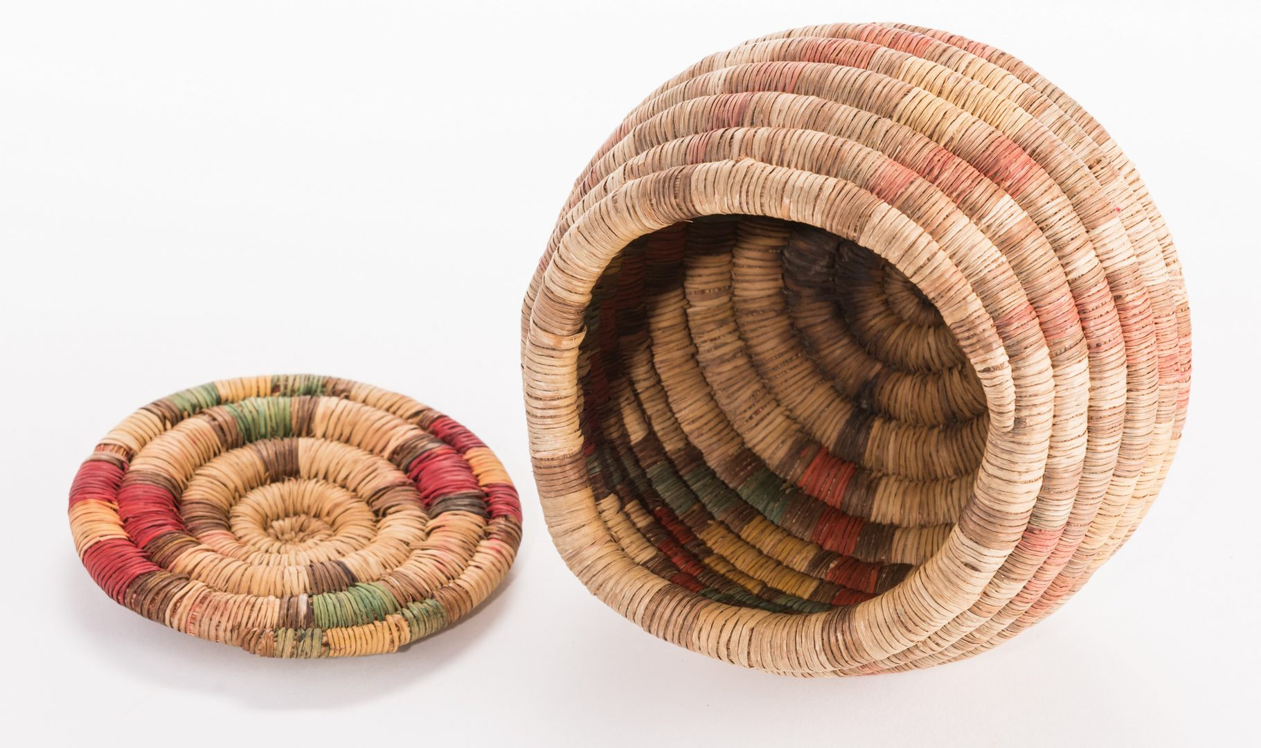 Lot 389: 3 Hopi Basketry Items
