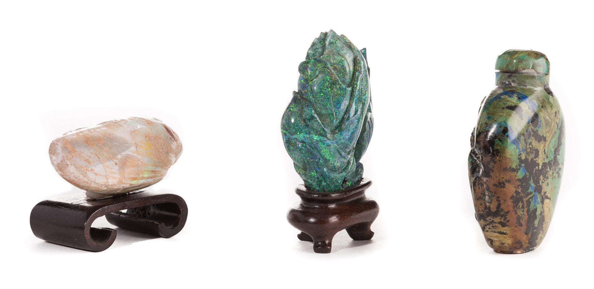 Lot 42: Turquoise Snuff Bottle plus Lapis and Quartz Carvings, 3 items