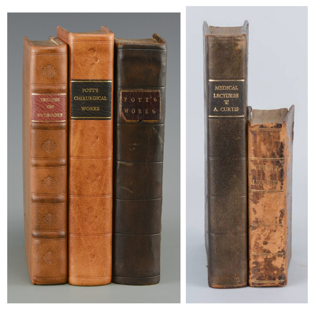 Lot 446: 5 Medical Books, 3 Percivall Pott, 2 Curtis